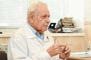 Профессор неумывакин о лечении межпозвонковой грыжи позвоночника